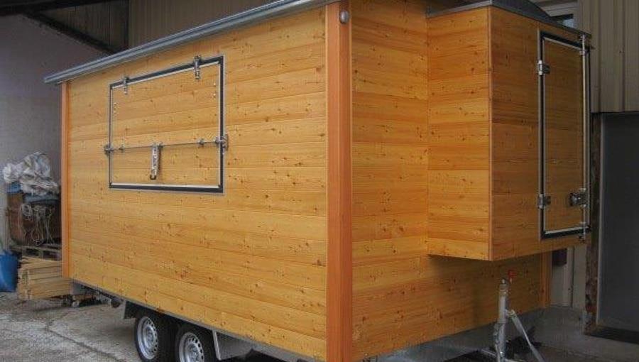 Verkaufswagen mit intgegrierter Außenbox