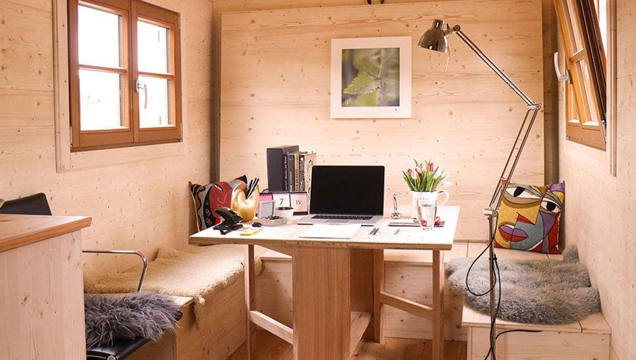 Büro in einem Landwagen