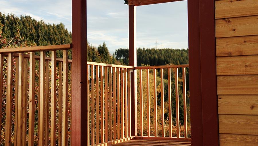 Terrasse vom Waldkindergartenwagen